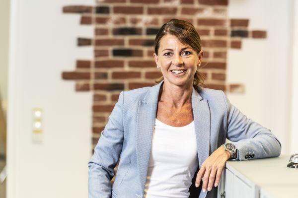Ramona Schneider, Kommunikationstrainerin ist Referentin beim PASCHE Online Seminar,