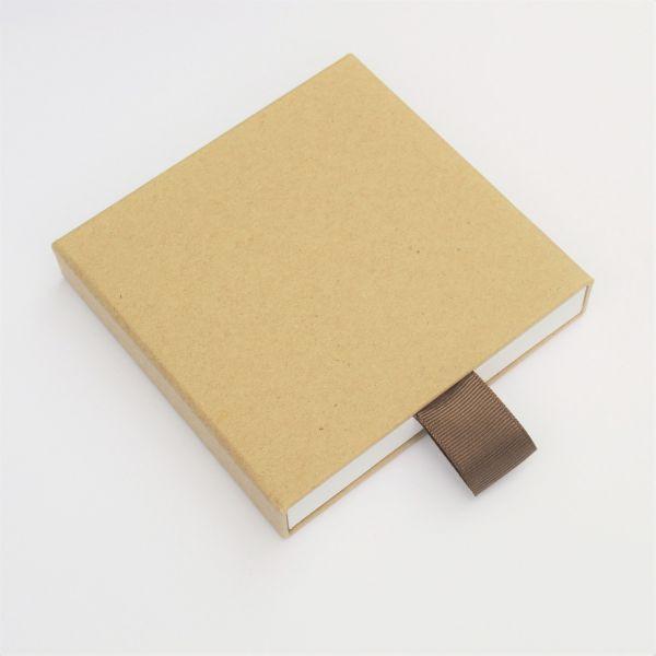 USB-Case aus Kraftpapier