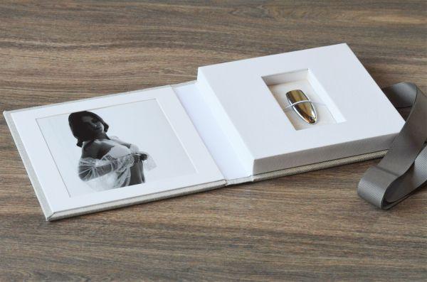 USB-Case Leinen mit Passepartout